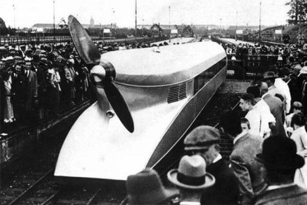 Trenul Zeppelin