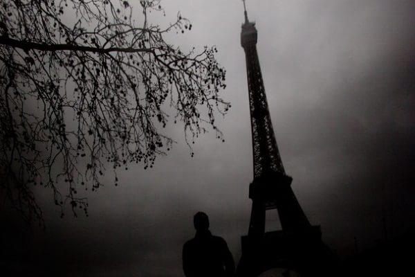 Zi de iarnă sumbră la Paris