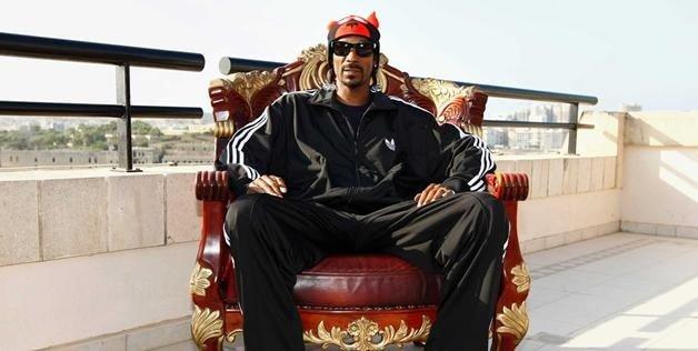 Cordozar Calvin Broadus alias Snoop Dogg