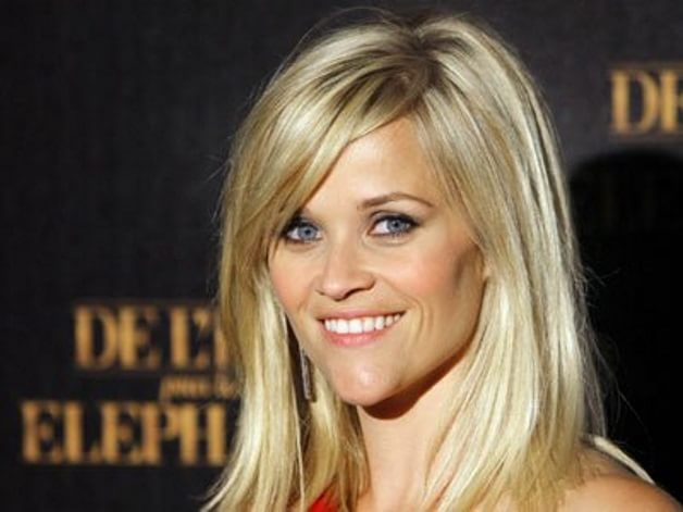 Laura Jeanne alias Reese Witherspoon