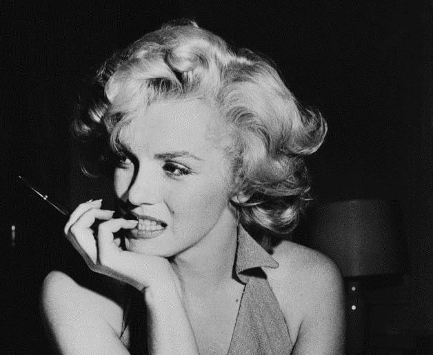 Norma Jean Mortenson alias Marilyn Monroe