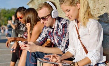 Distribuția smartphone-urilor 8