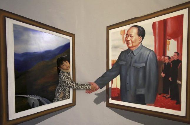 De mână cu Mao Zedong
