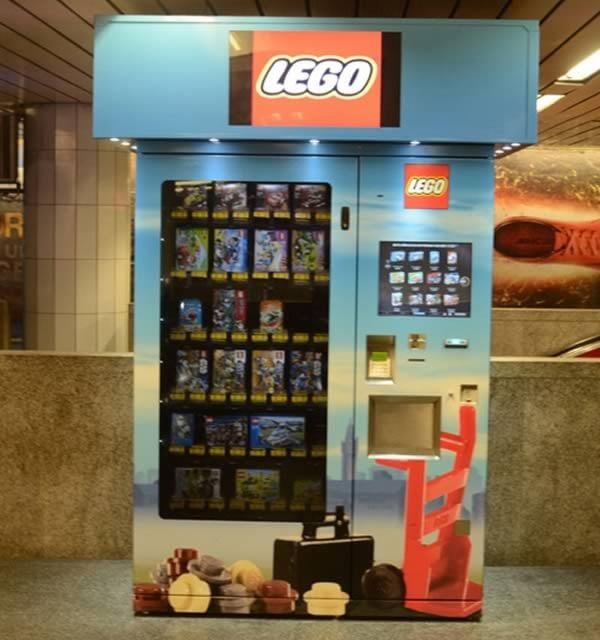 Automat cu LEGO