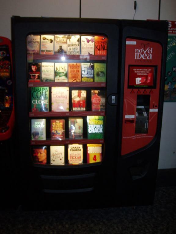 Automat cu cărți