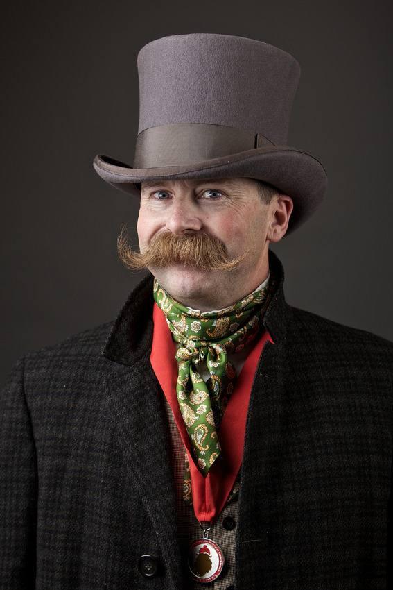Campionatul de bărbi și mustăți - Mustață 2
