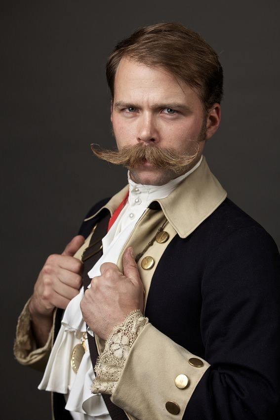 Campionatul de bărbi și mustăți - Mustață 4