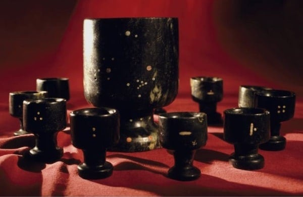 Descoperiri arheologice incredibile - Cupa din jad