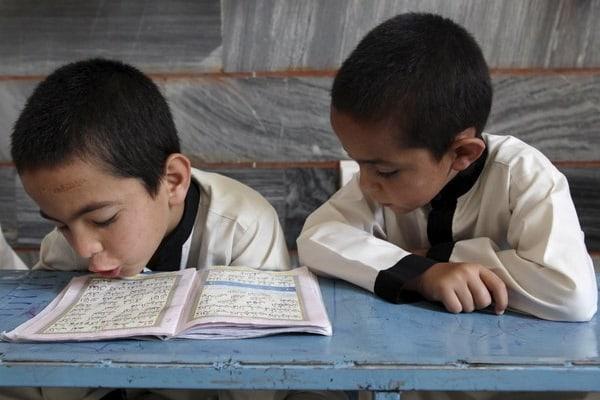 Copii care nu merg la școală