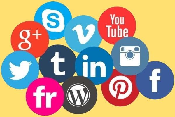 Auto-promovarea pe rețelele sociale